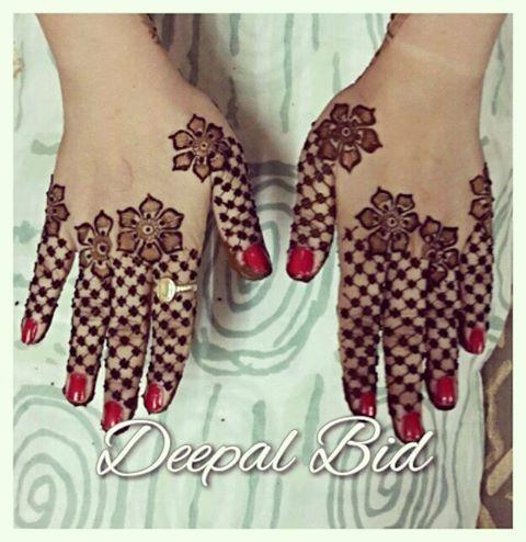 Jali fingers henna pattern
