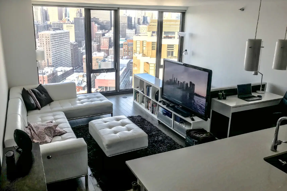 Instagram Worthy View Luxury High Rise Downtown Apartments For Rent In Chicago Downtown Apartment Cozy Apartment Decor Apartments For Rent