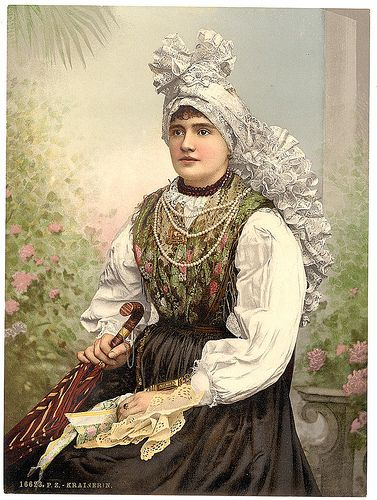 Krainerin-Folk Dress,Hungary