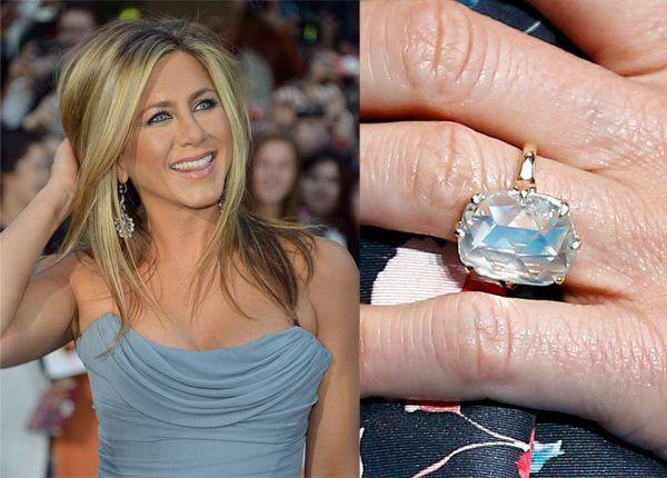 Jennifer Anistons 8 Carat Radiant Cut Center Diamond Ring From Designer Peter Meksian Is