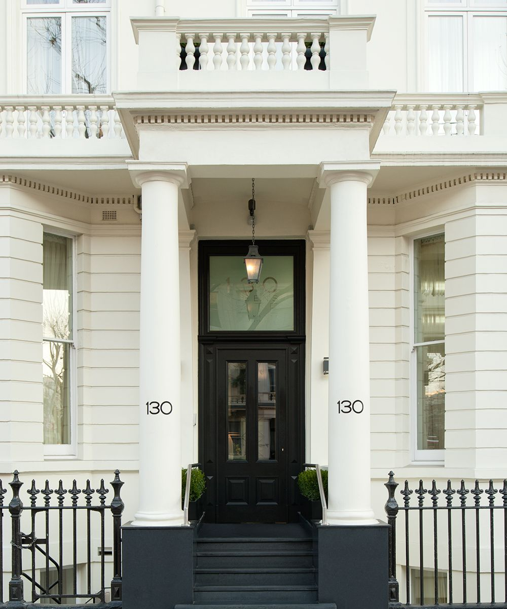 Superior Luxury Apartments Within Minutes Of London's