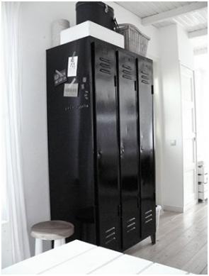 Industrieel Leenbakker Appartement Vintage Lockers