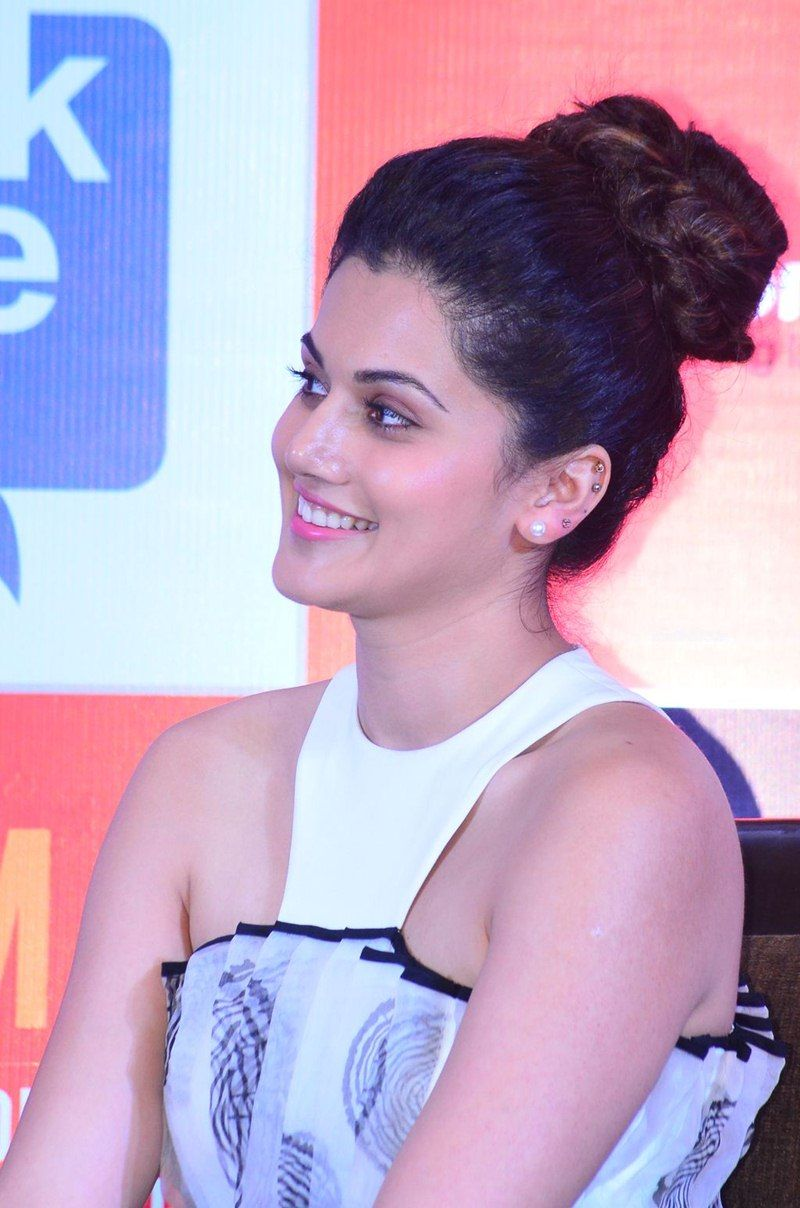 Taapsee Pannu in Gown Frock At SIIMA Awards 2015 Press Meet (4) at ...