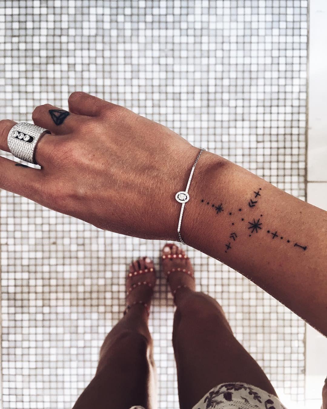 5 Tatouages A Piquer A Caroline Receveur Projets A Essayer