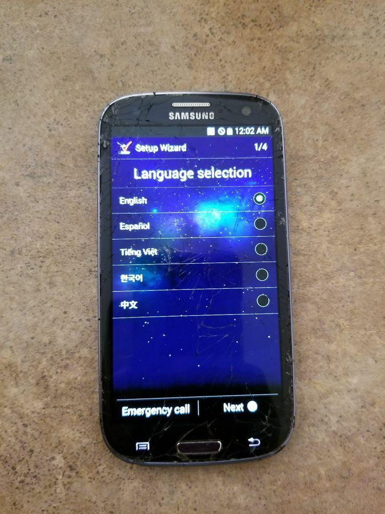 Preowned Blue Verizon Samsung Galaxy S3 16GB Cracked