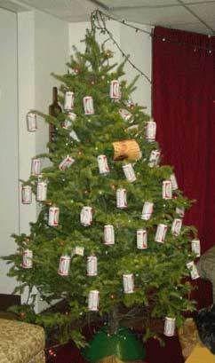 Redneck Christmas Tree Redneck Pinterest Funny Redneck  - Redneck Christmas Tree Decorations