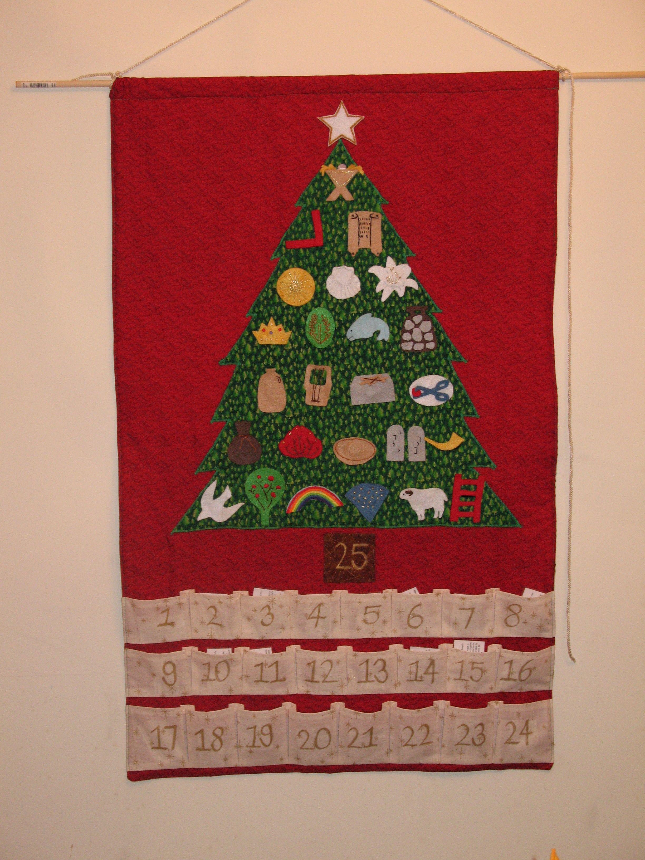http://stayathomemyheart.files.wordpress.com/2009/12/jesse-tree-love-family-3.jpg