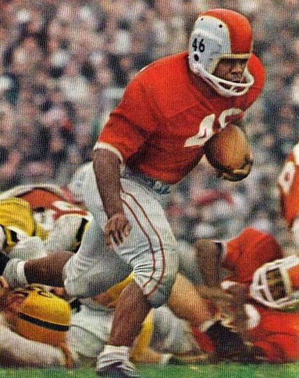 Ohio State RB Bob Ferguson v. Iowa, 11.4.1961. | Ohio state ...