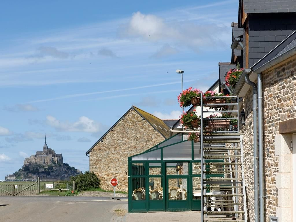 Ardevon Hotel Auberge De La Baie France Europe The 2 Star
