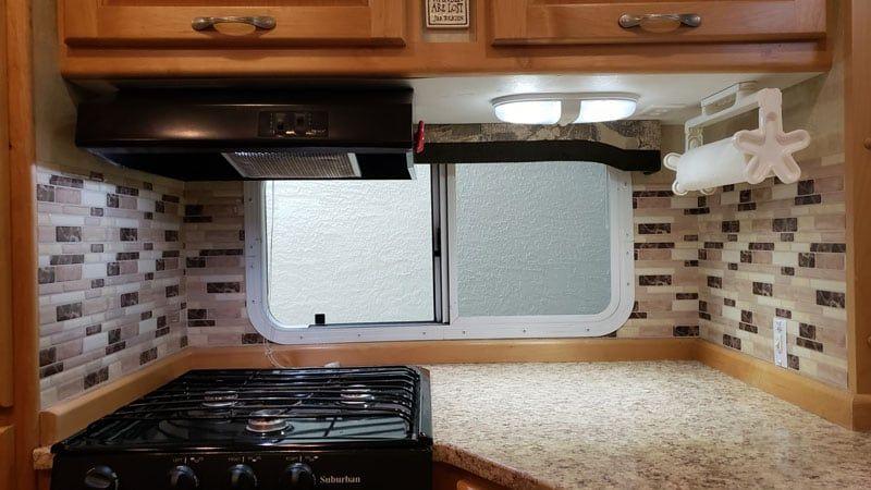 Self Stick Kitchen And Bathroom Backsplash Backsplash Kitchens