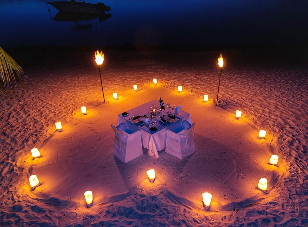 Romantic dinner tab romantic ideas pinterest for Romantic dinner