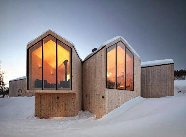 Wohnideen Holzhaus modernes holzhaus in norwegen bietet ein eindrucksvolles