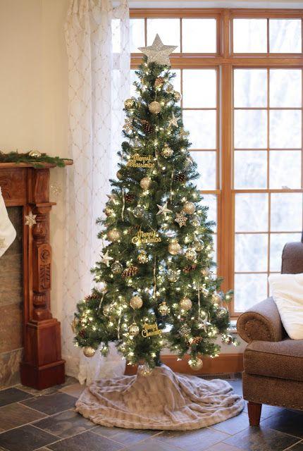 No Sew Christmas Tree Skirt Tutorial Cool Christmas Trees Christmas Tree Skirt Gold Christmas Tree Skirt
