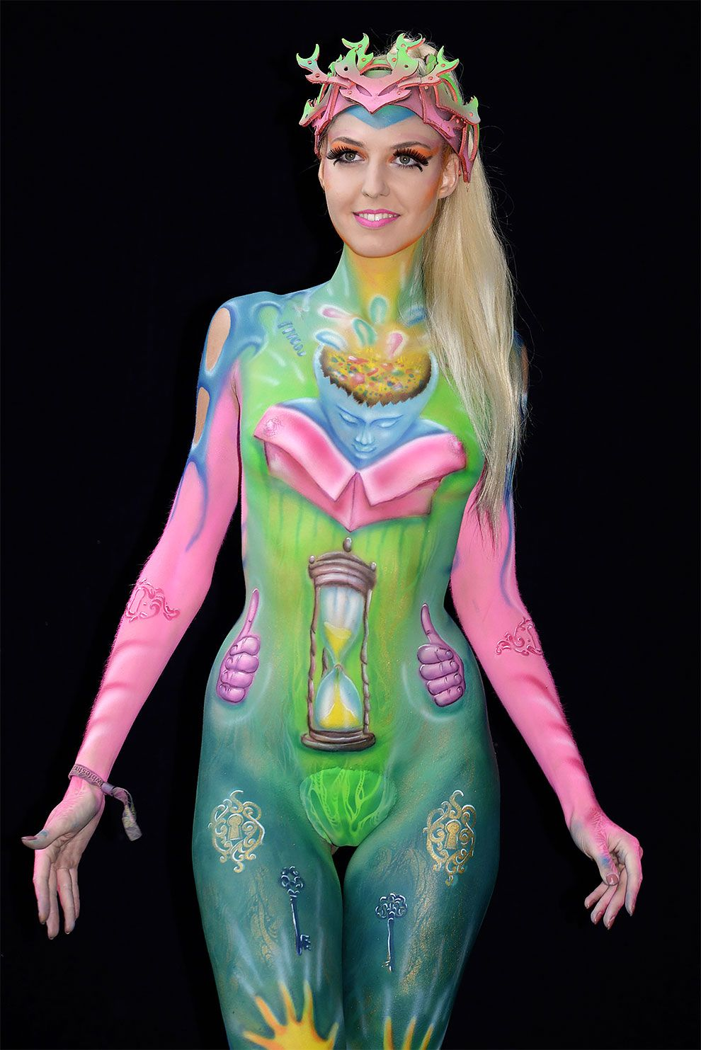 Spectacular Body Artworks From The World Bodypainting Festival 2018 In Austria Body Painting Festival Festival Tattoo World Bodypainting Festival