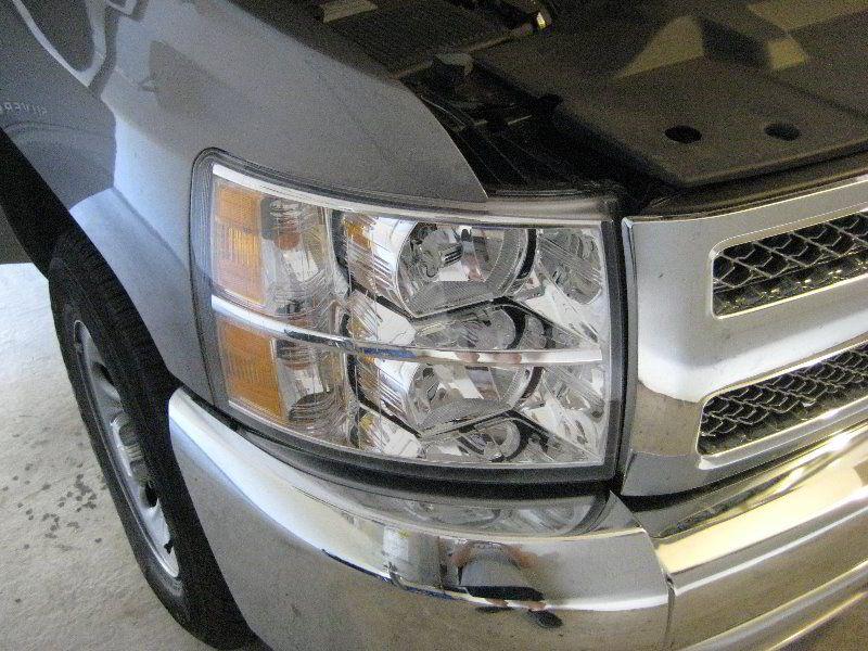 2013 Chevrolet Silverado Headlight Replacing Low Beam High Beam Turn Signals Silverado Headlights Headlight Bulb Replacement Chevrolet Silverado