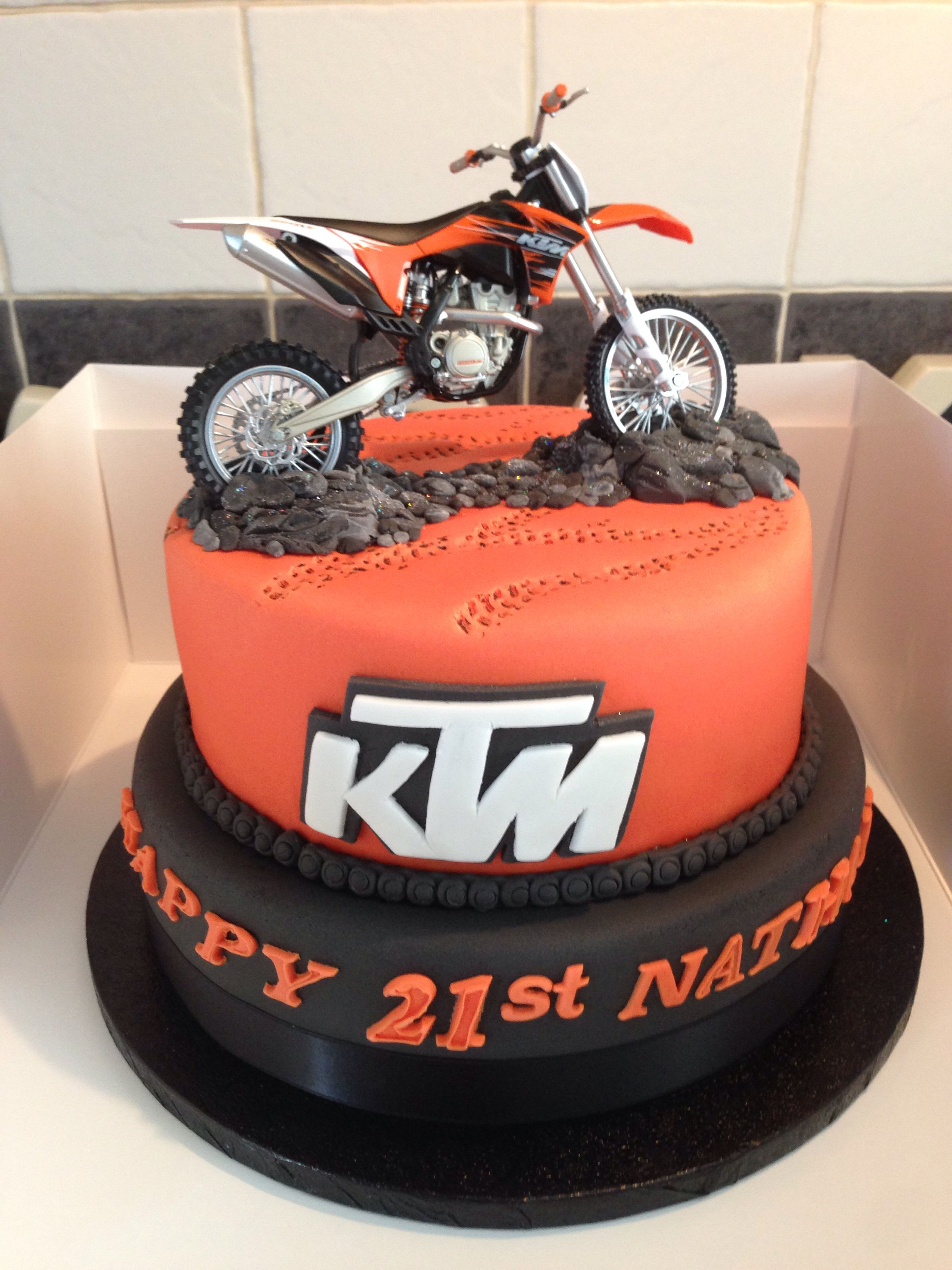 Really Awesome Birthday Cake With A Ktm Dirt Bike On It Dirt