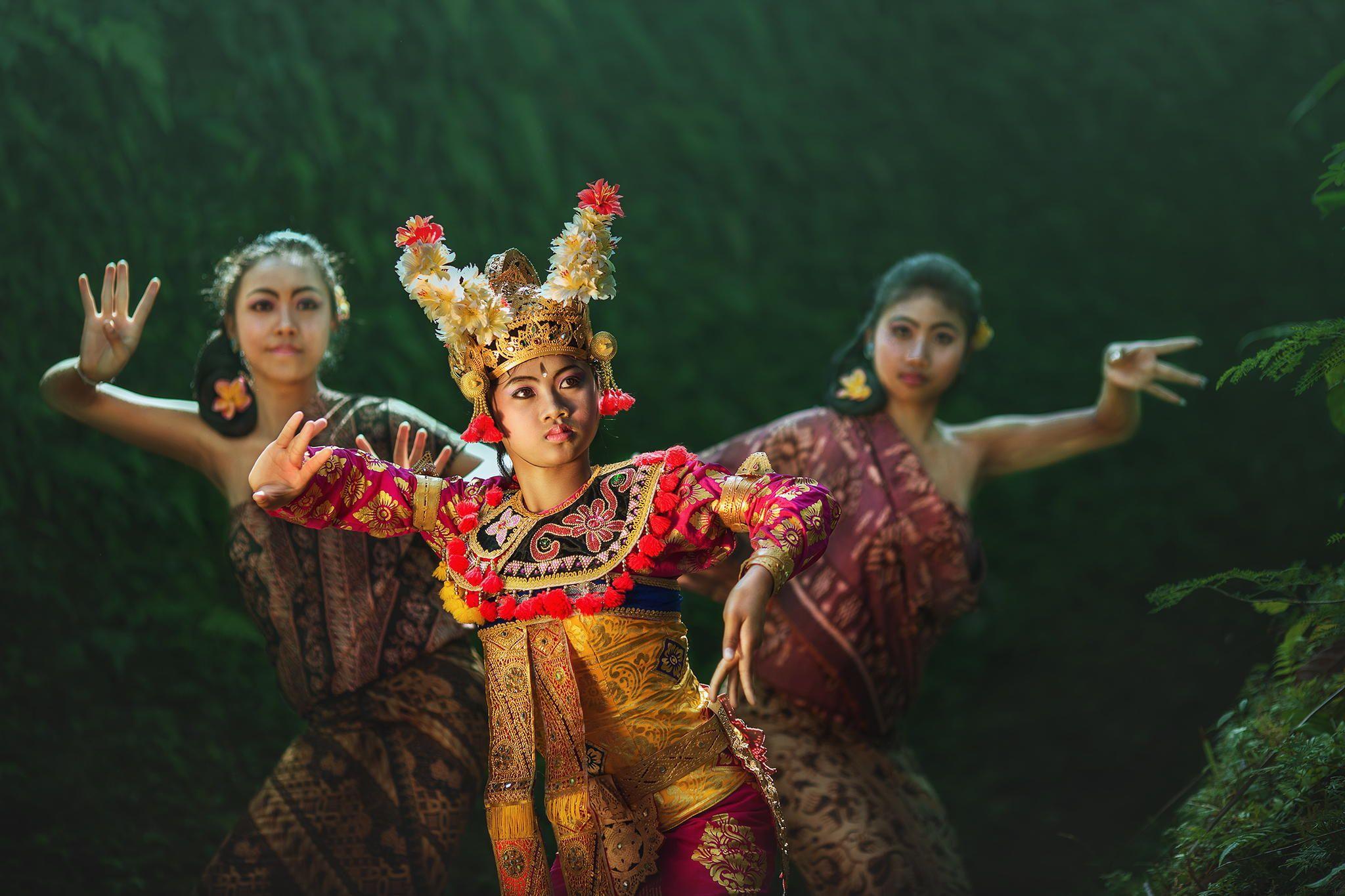 BALI DANCER by abe less / 500px