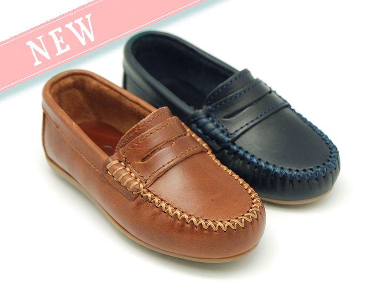 Tienda online de calzado calzado de infantil Okaaspain. Mocasín antifaz en piel 6a0a60