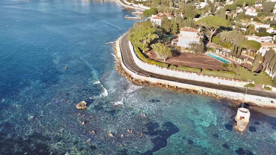 Cap d'Antibes  #Côtedazur #juanlespins #CapdAntibes #FrenchRiviera #Drone #DjiMavicPro #Aerialview