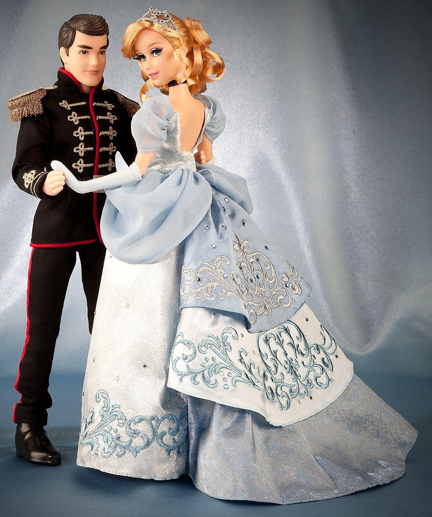 Disney Princess Cinderella Singing Doll And Costume Set: Disney Fairytale Designer