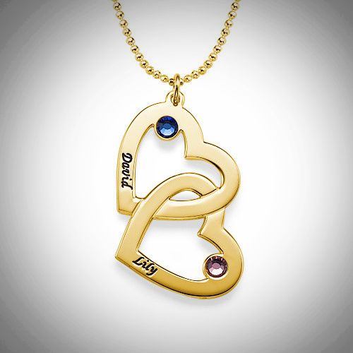 Yhdistyneet sydämet kaulakoru, johon saat haluamasi nimet ja Swarovskin kristallit.  #nimikoru #kaulakoru #swarovski
