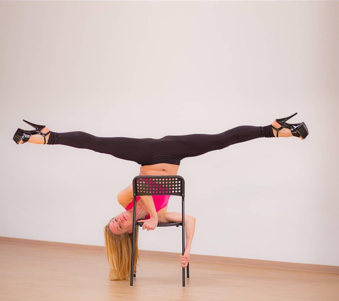 71 Vind Ik Leuks 1 Reacties Pole Dance Krefeld Poledancekrefeld Op Instagram Chair Dance Immer Montags Chairs Are N Pole Dancing Shoulder Stand Dance