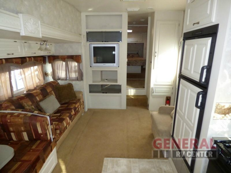 Used 2005 Coachmen Rv Chaparral 278rks Fifth Wheel At General Rv