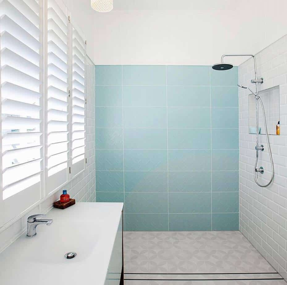 Small Bathroom Trends 2020 Creative Styles For Your Small Bathroom 2020 22 In 2020 Small Bathroom Trends Bathroom Trends Small Bathroom Colors