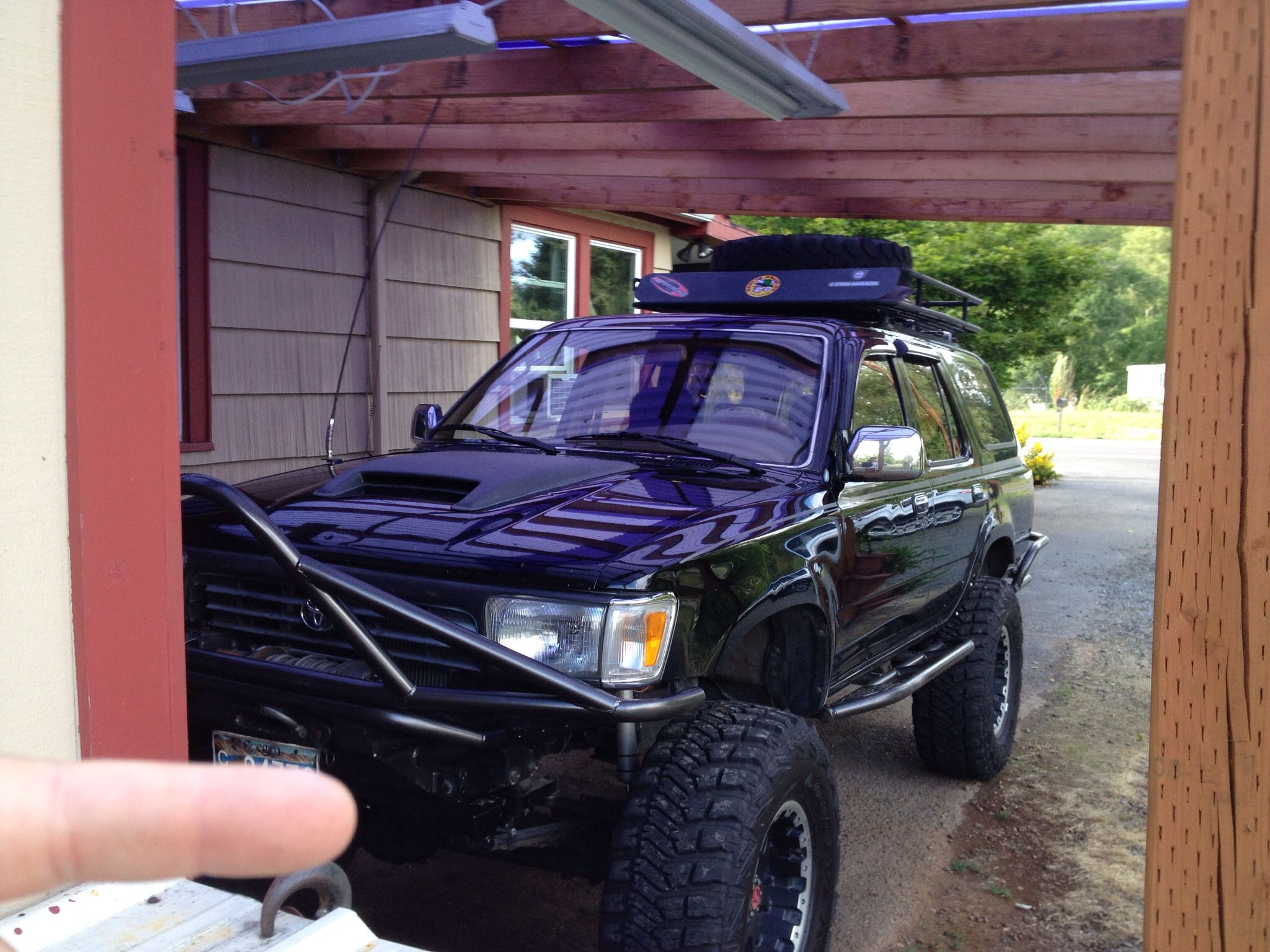 This is one that i put a ton of time into 1995 toyota 4runner swapped a 2004 tundra 4 7 ltr v 8 into the truck sas ed locked f r bumpers f r sliders