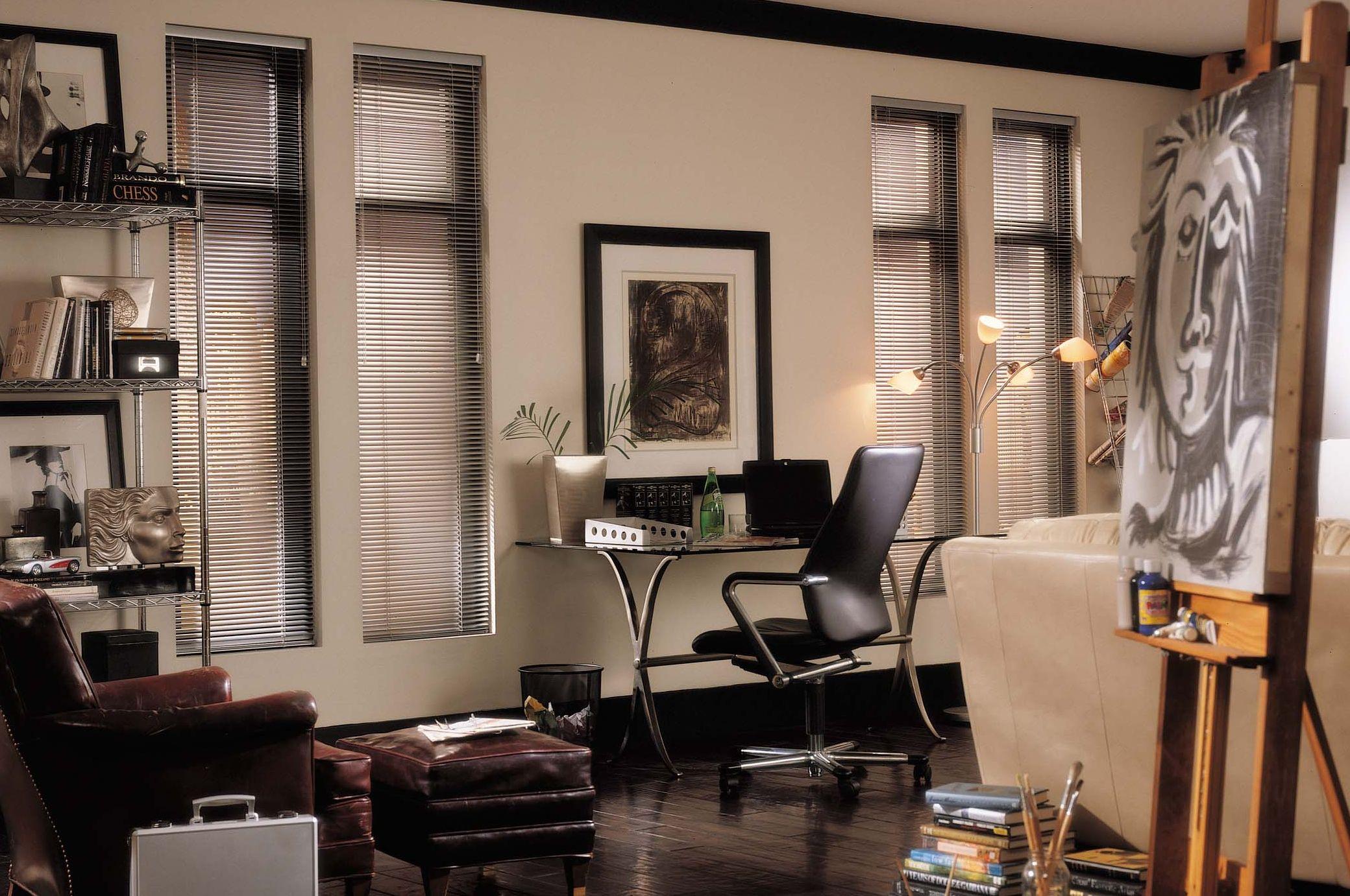 Colecciones Flexalum para habitaciones de trabajo, aprovechamiento eficaz de iluminacion natural