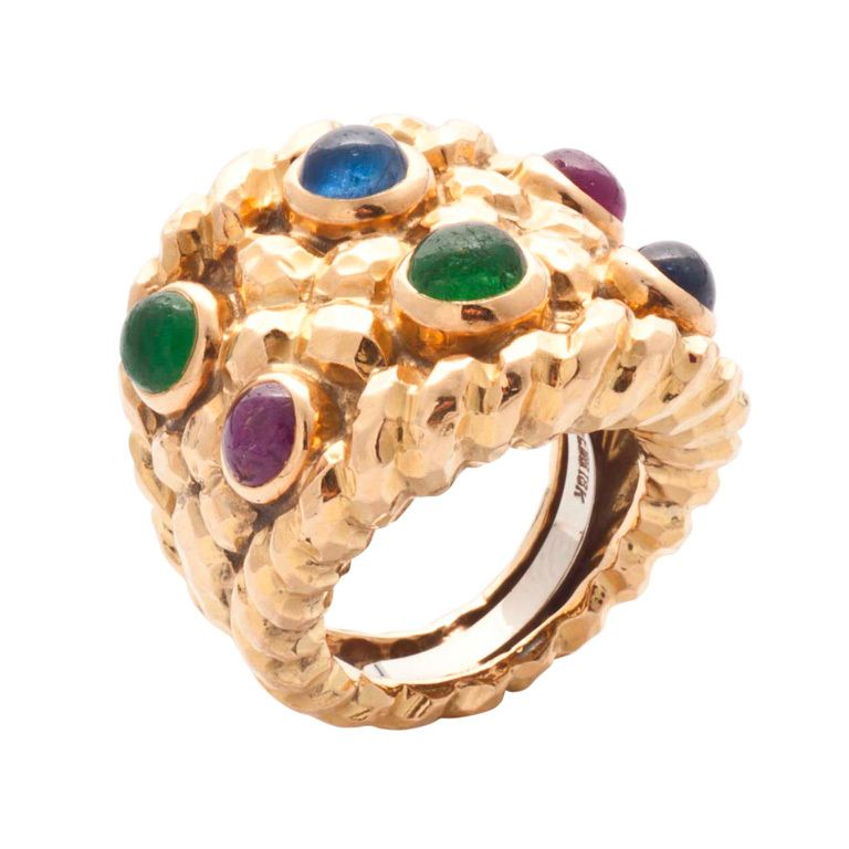1stdibs | David Webb gold and cabouchon rubies, emeralds and sapphires ring