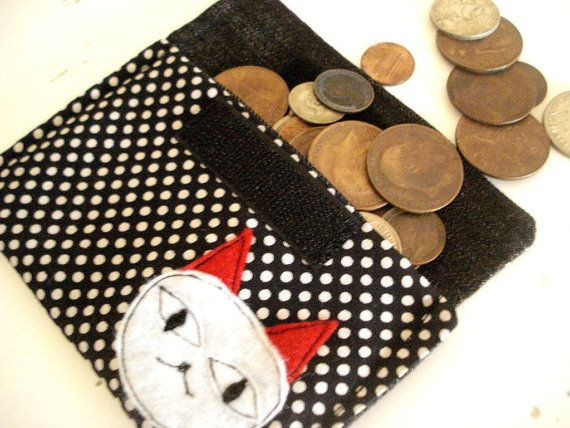 20 off   Kitty Purse by cronopia6 on Etsy, $8.00