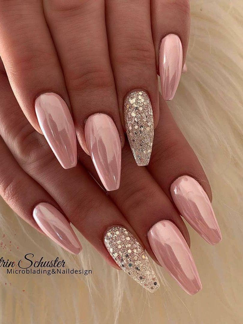 City Nails Love Nails Ballerina Nails Tina Nails Holographic Nail Polish These Nailsnailsvibez By N In 2020 Pink Chrome Nails Classy Nail Designs Glow Nails
