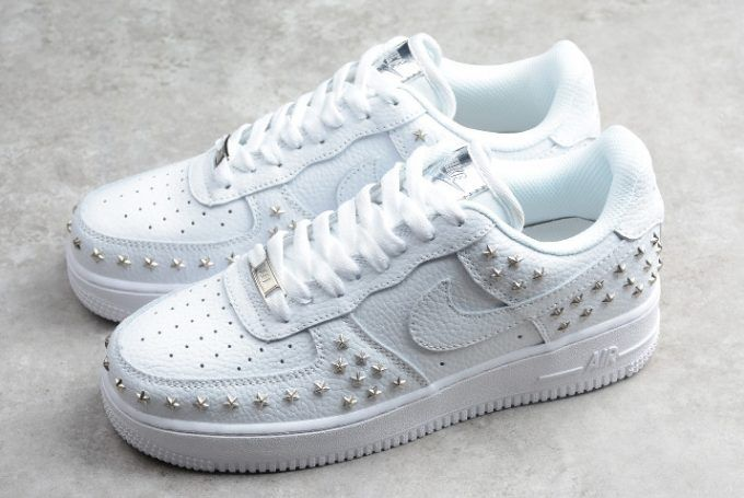 best loved 33f61 375de Buy Wmns Nike Air Force 1 Low Star-Studded White Silver AR0639-100-6