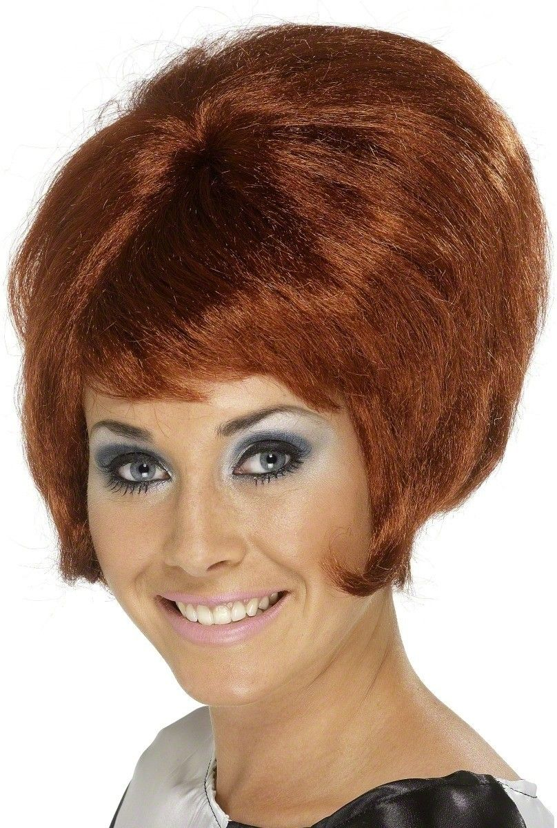 beehive hairdo 1960s   Mirren short hairstyle demonstrated how to ...