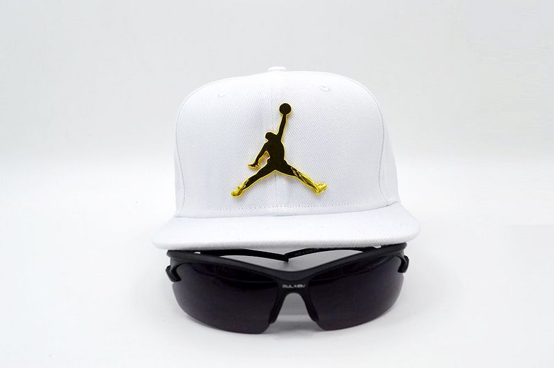 Mens   Womens Nike Air Jordan The Jumpman 3D Gold Metal Logo 6 Panel  Fashion Snapback Adjustable Cap - White 5dcba8f5b0ef