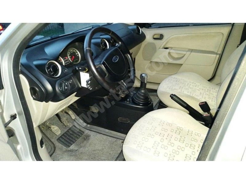ford fiesta 1.4 comfort 2005 model ford fİesta 1.4 comfort prİns