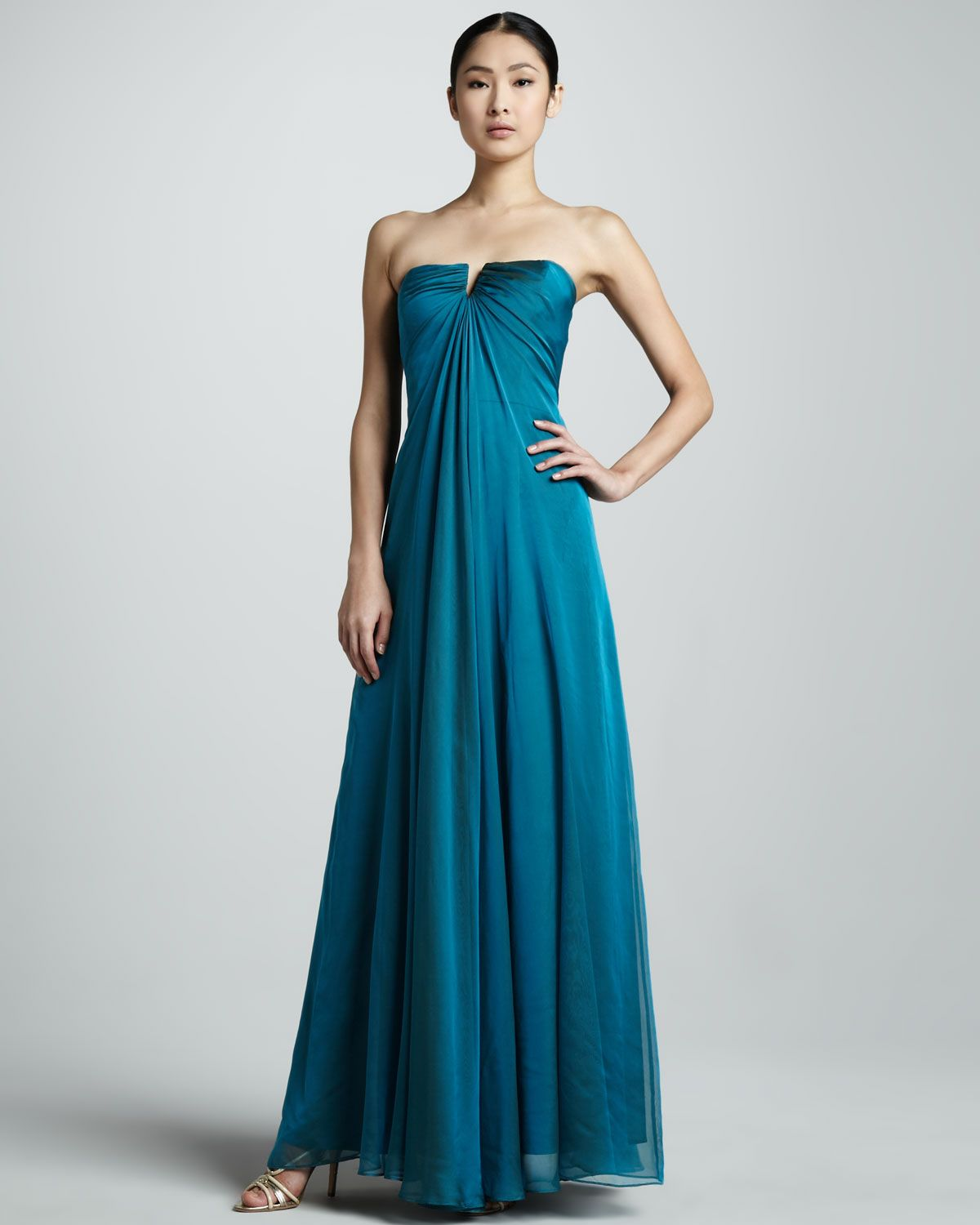http://ncrni.com/nicole-miller-strapless-chiffon-gown-p-1853.html ...