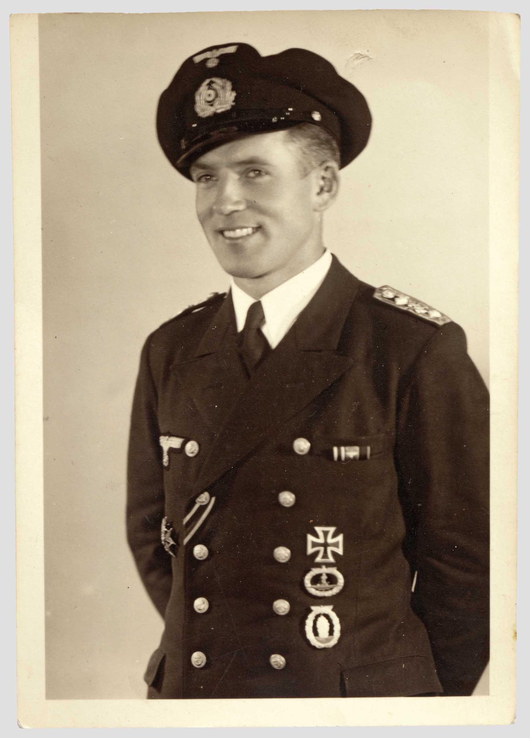 ■ Rudolf Zölk - DKiG: 17-5-44 - Tripulante del submarino U-123 (Hardegen)