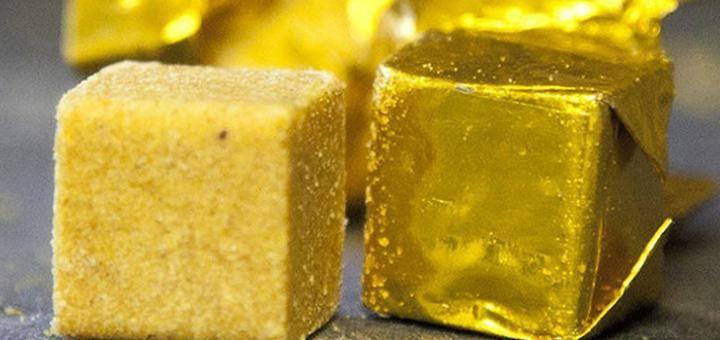 Caldo em cubos: pedacinhos de veneno com marcas famosas