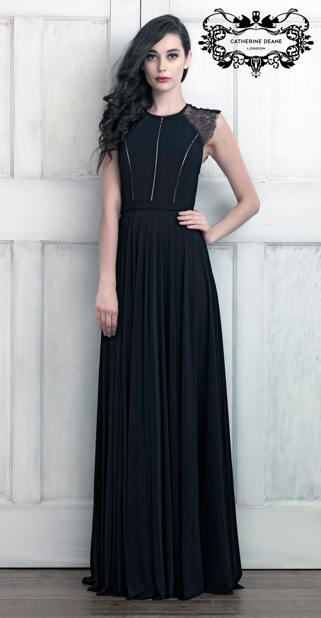 Love this gown. CATHERINE DEANE RESORT 2014 | SIMONE http://www ...