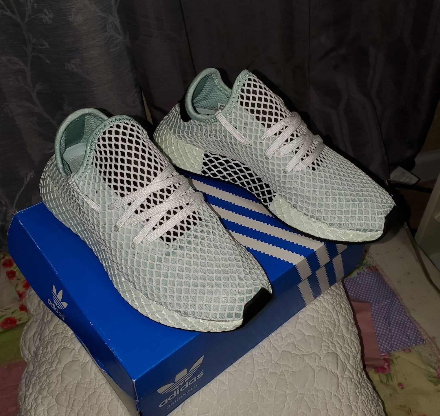 New with tags adidas Deerupt Runner