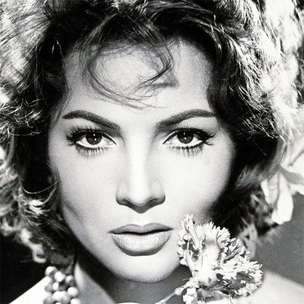 La Academia de Cine rinde tributo a Sara Montiel - hoyesarte.com
