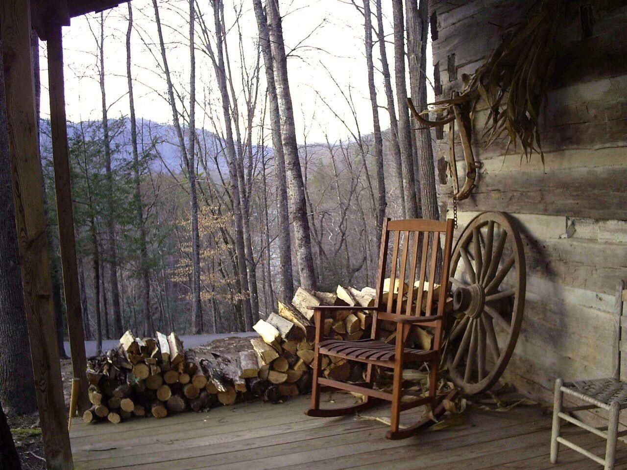 Cozy Log Cabins Photo Cabin Porches Rustic Cabin Cabin Life