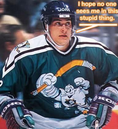 Teemu Selanne S Short Lived Anaheim Ducks Cartoon Style Alternate Jersey Was Not Well Thought Out In My Opi Anaheim Ducks Hockey Sports Uniforms Fantasy Hockey