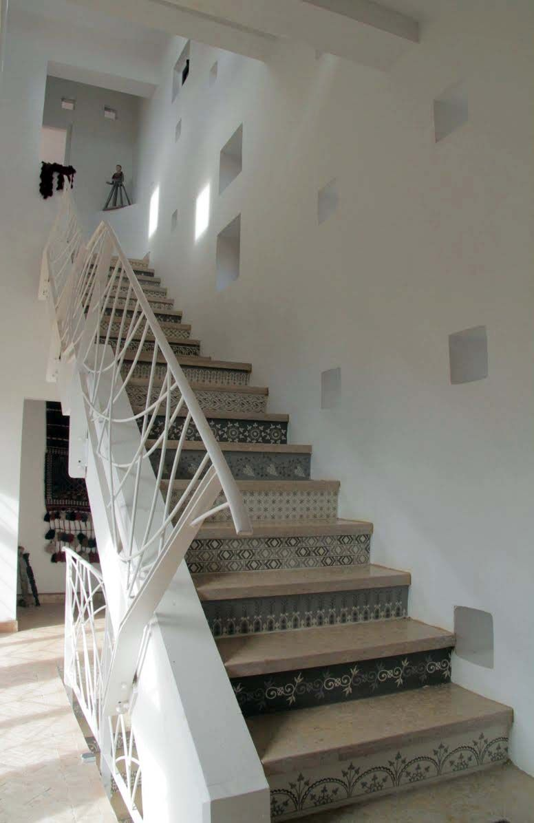 Lighting Basement Washroom Stairs: Beautiful Staircase Designed By Architect Chris. Stairs