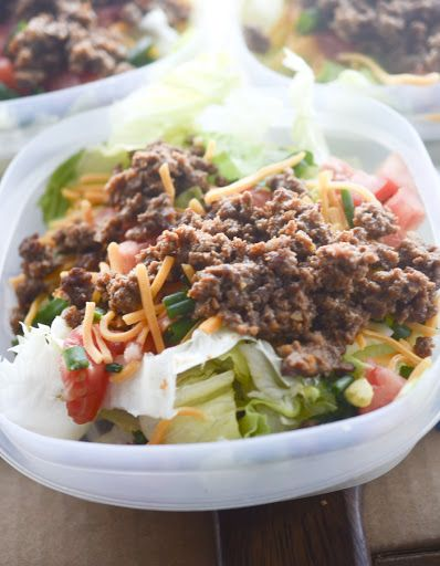 Low Carb Low Sodium Taco Salad With Iceberg Lettuce Roma Tomatoes Scallions Ground Beef Heart Healthy Recipes Low Sodium Low Sodium Dinner Low Salt Recipes