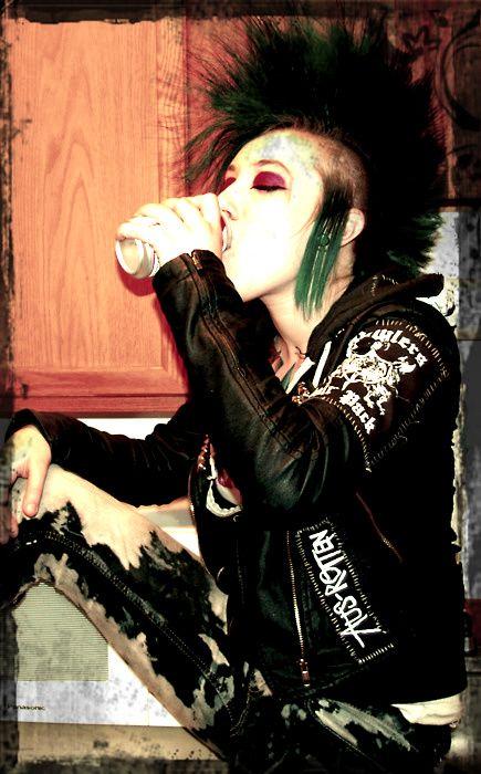 Female Punk With Mohawk Drinking Punk Girl Punk Rock Girls