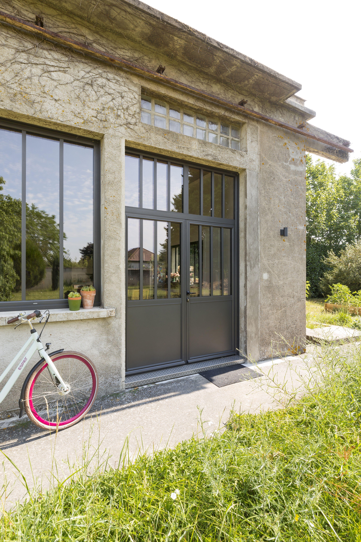 Porte Facon Verriere Ou Atelier Art Fenetres Ideale Pour Un