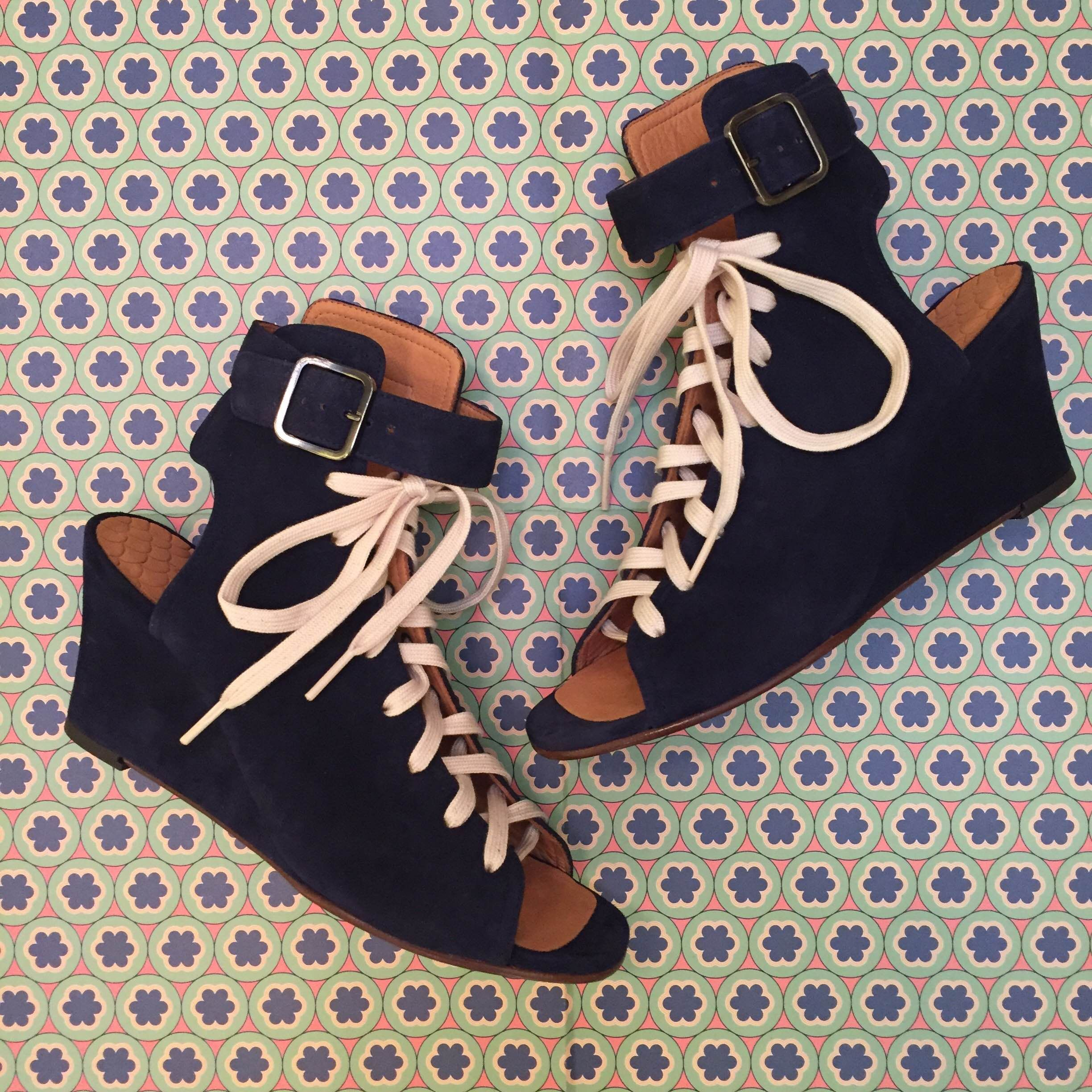 Wait and See presents CHIE MIHARA shoes #DontForgetToPlay
